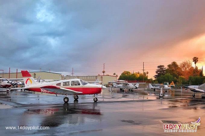 Accelerated Flight Training   Award Winning CPL-IR 115 DAYS